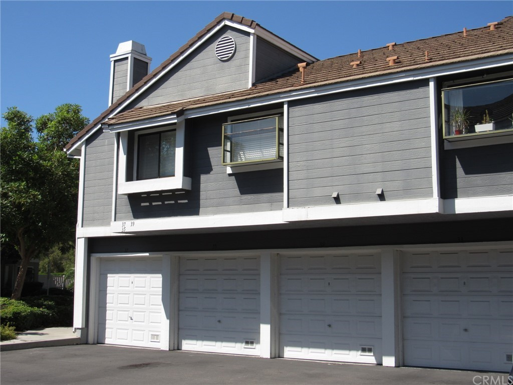 Pending   39 Clover Lane #275 Aliso Viejo, CA 92656 0