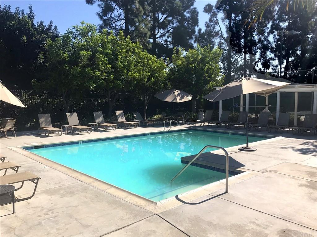 Pending   39 Clover Lane #275 Aliso Viejo, CA 92656 38