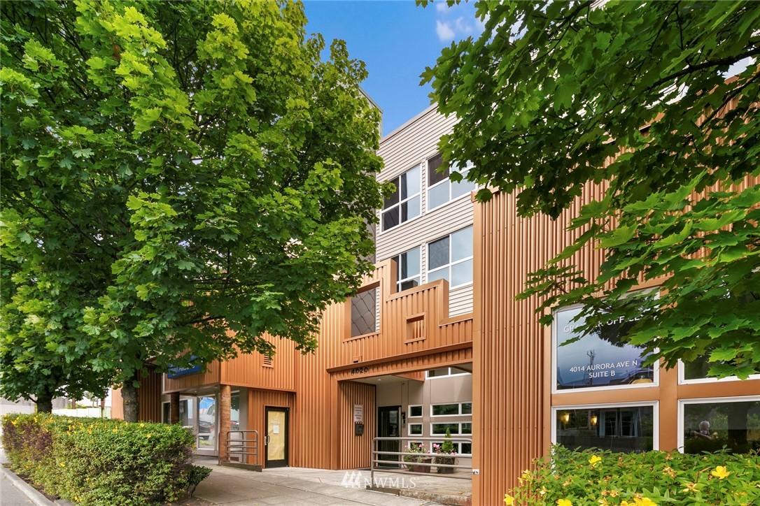 Pending | 4020 Aurora Avenue N #107 Seattle, WA 98103 0