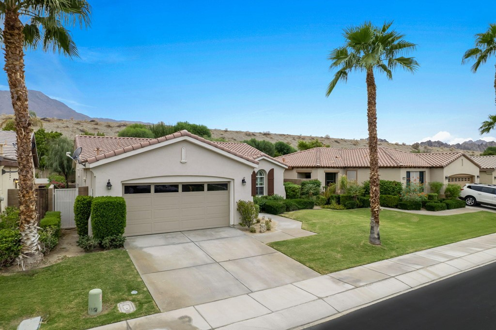 ActiveUnderContract   60735 Living Stone Drive La Quinta, CA 92253 26