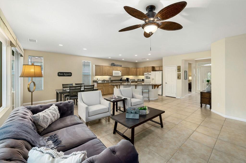 ActiveUnderContract   60735 Living Stone Drive La Quinta, CA 92253 7