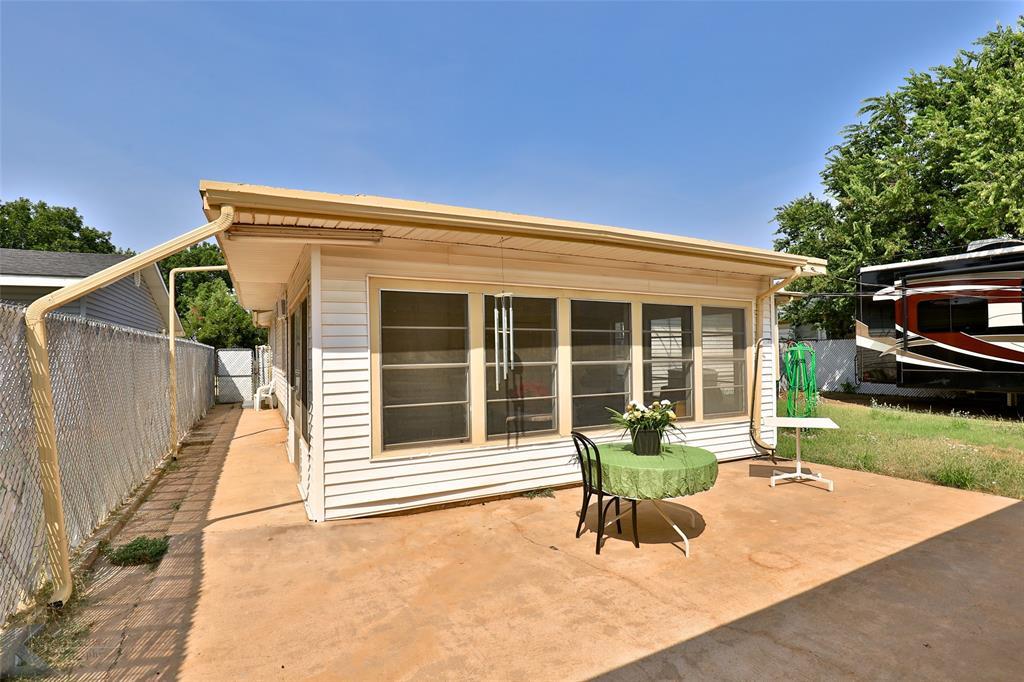 Active | 1241 S Jefferson Drive Abilene, Texas 79605 32