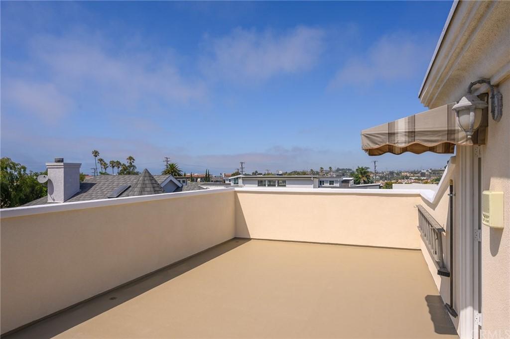 Active | 215 S Irena Avenue #A Redondo Beach, CA 90277 30