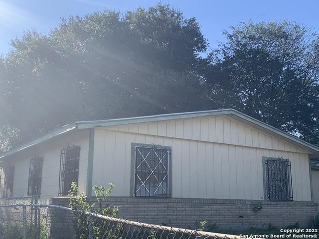 Pending | 1815 WESTVALLEY DR San Antonio, TX 78227 5
