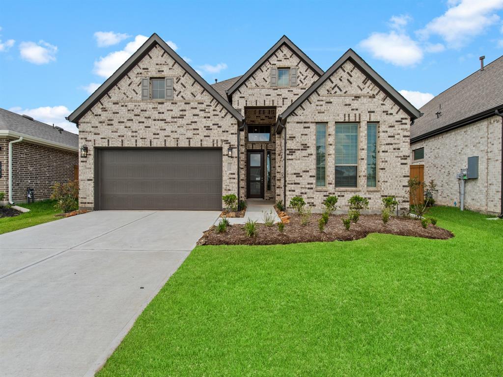 Active | 12303 Woodnote Lane Humble, Texas 77346 1