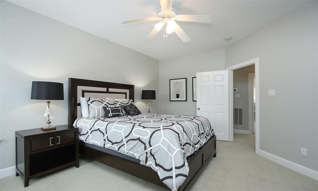 Active   507 Sabine Street Houston, Texas 77007 35