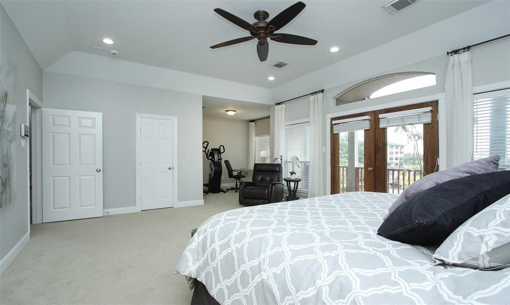 Active   507 Sabine Street Houston, Texas 77007 38