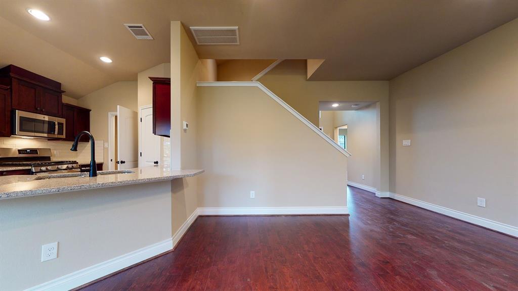 Active   6632 Foster Street Houston, Texas 77021 9