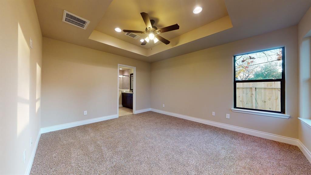 Active   6632 Foster Street Houston, Texas 77021 19
