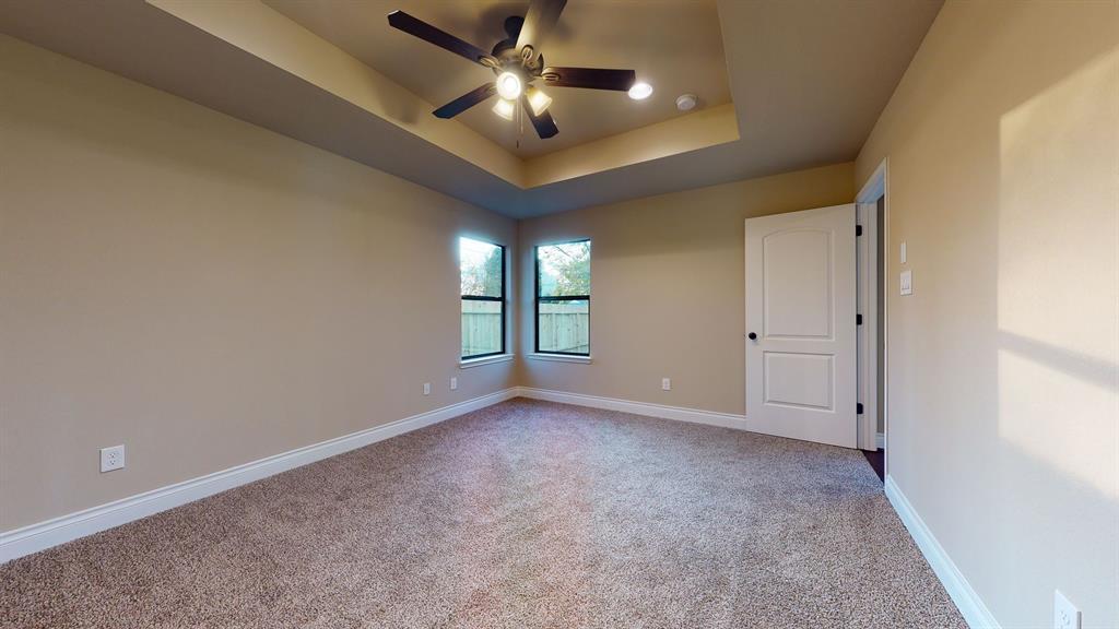 Active   6632 Foster Street Houston, Texas 77021 21