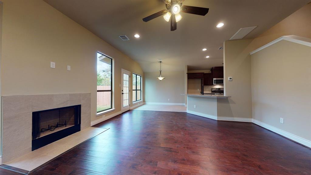 Active   6632 Foster Street Houston, Texas 77021 5