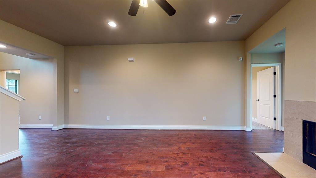 Active   6632 Foster Street Houston, Texas 77021 8
