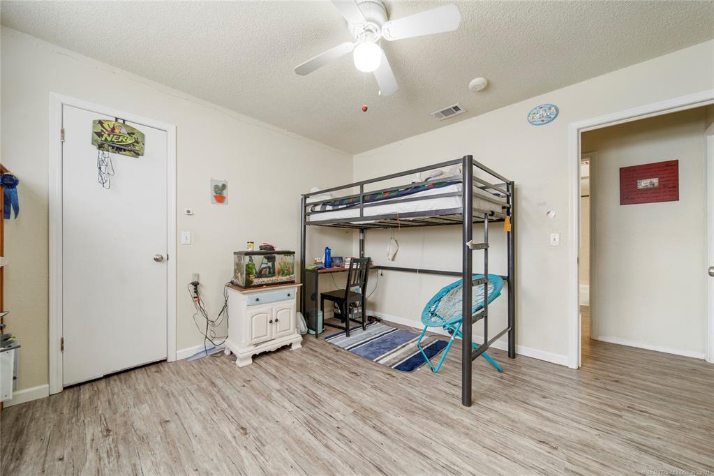 Off Market   7507 S 77th East Avenue Tulsa, Oklahoma 74133 25
