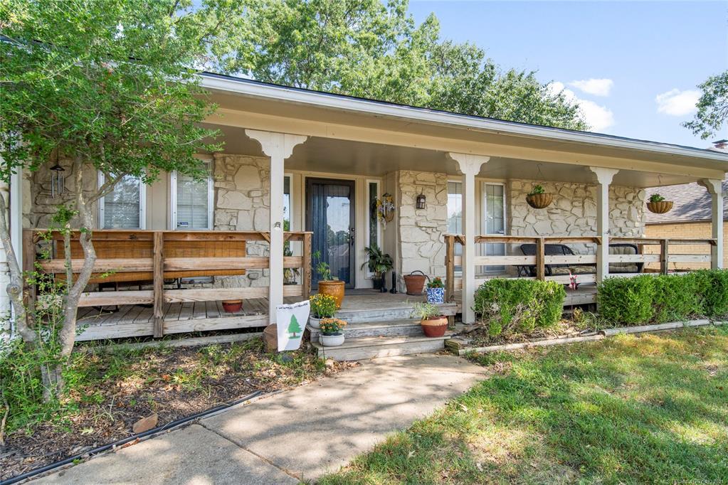 Off Market   7507 S 77th East Avenue Tulsa, Oklahoma 74133 3