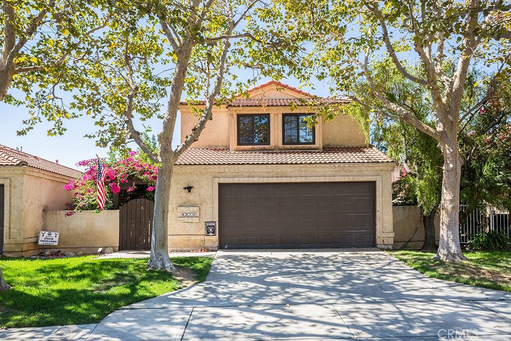 Pending | 8570 Creekside Place Rancho Cucamonga, CA 91730 2