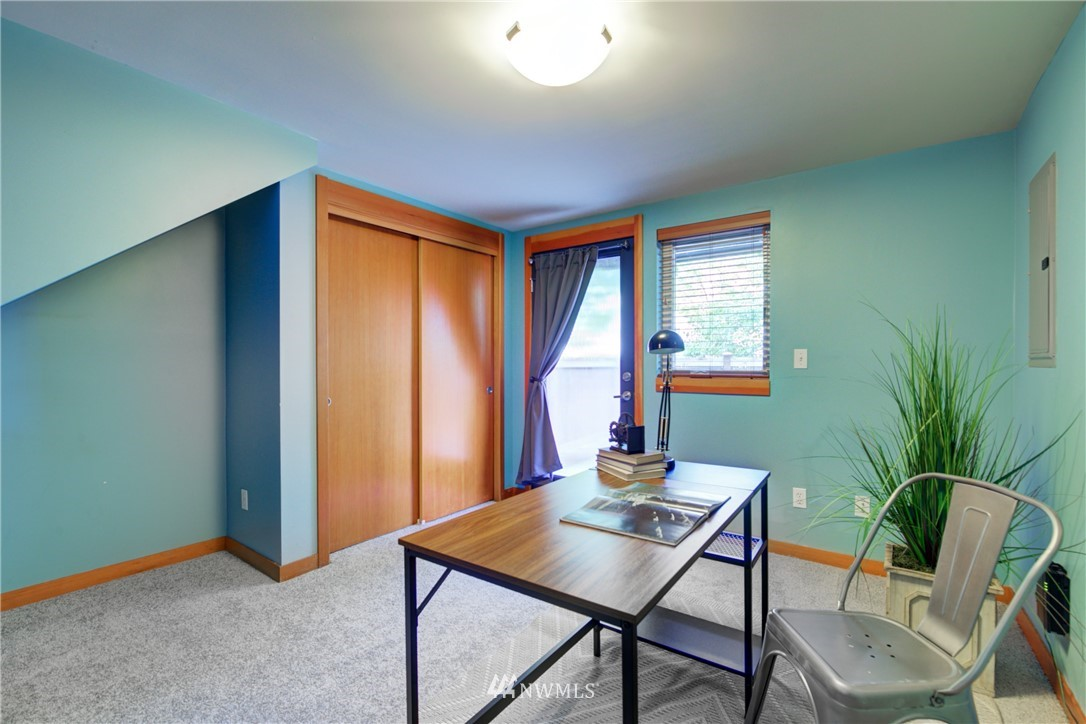 Pending | 1716 California Avenue SW #A Seattle, WA 98116 26