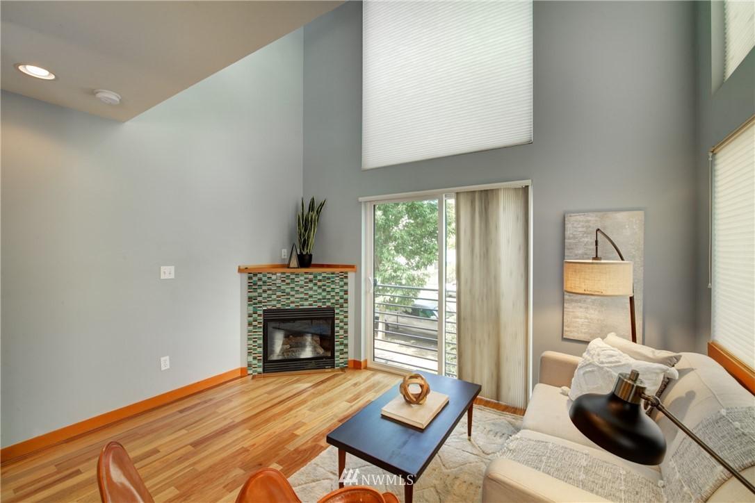 Pending | 1716 California Avenue SW #A Seattle, WA 98116 6