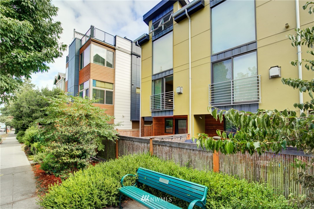 Pending | 1716 California Avenue SW #A Seattle, WA 98116 29