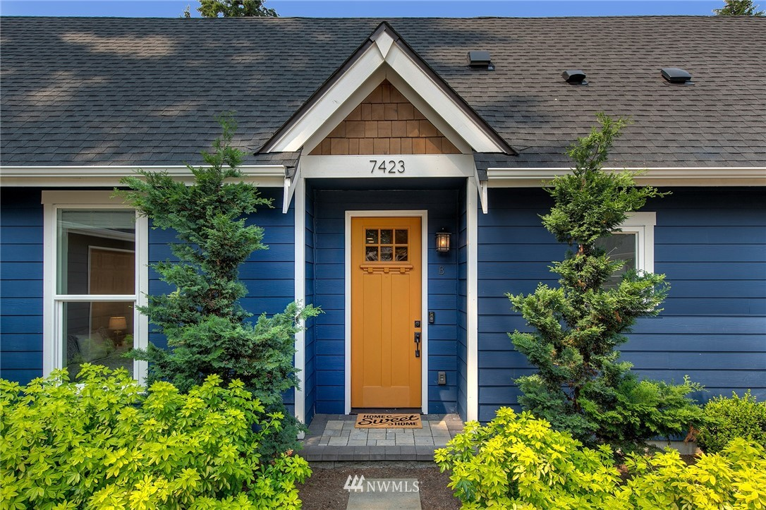 Pending | 7423 132nd Avenue NE #B Kirkland, WA 98033 20
