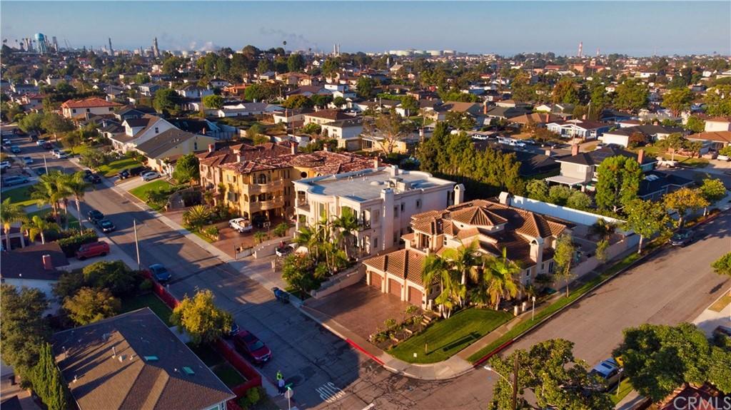 Active | 863 Bungalow Drive El Segundo, CA 90245 2