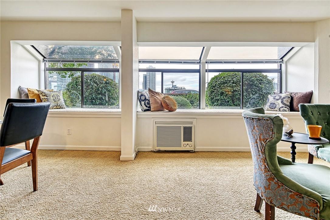 Pending | 150 Melrose Avenue E #106 Seattle, WA 98102 5