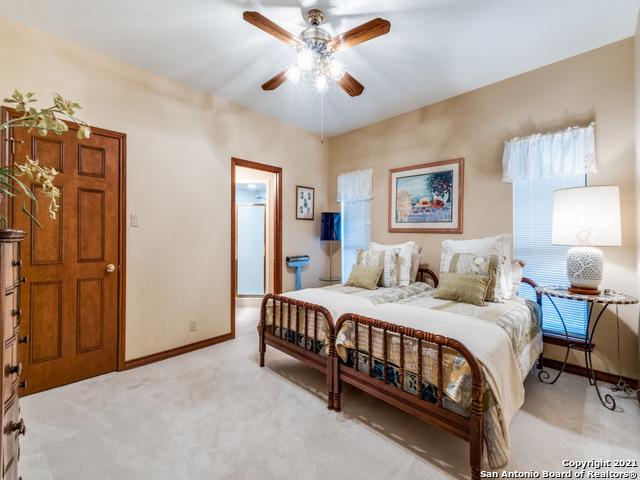 Active | 108 LA RUE ANN CT Castle Hills, TX 78213 17