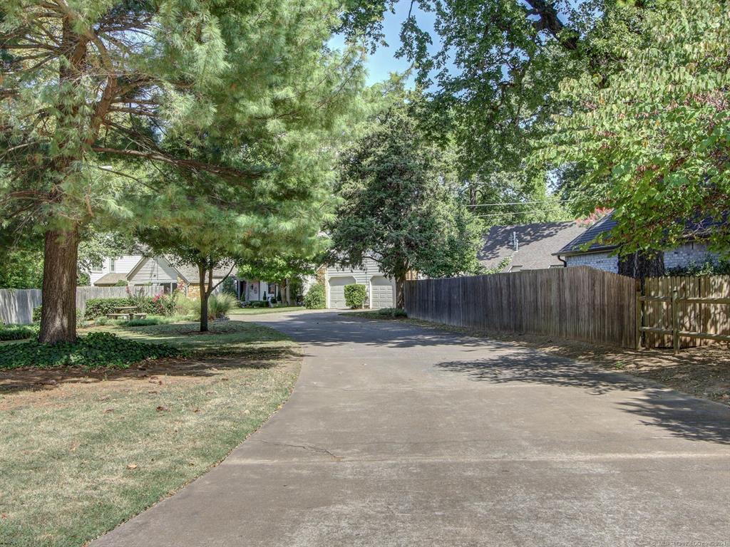 Off Market | 1009 E 33rd Place S #A Tulsa, Oklahoma 74105 24
