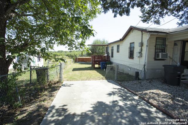 Pending   1666 Rigsby Ave San Antonio, TX 78210 2