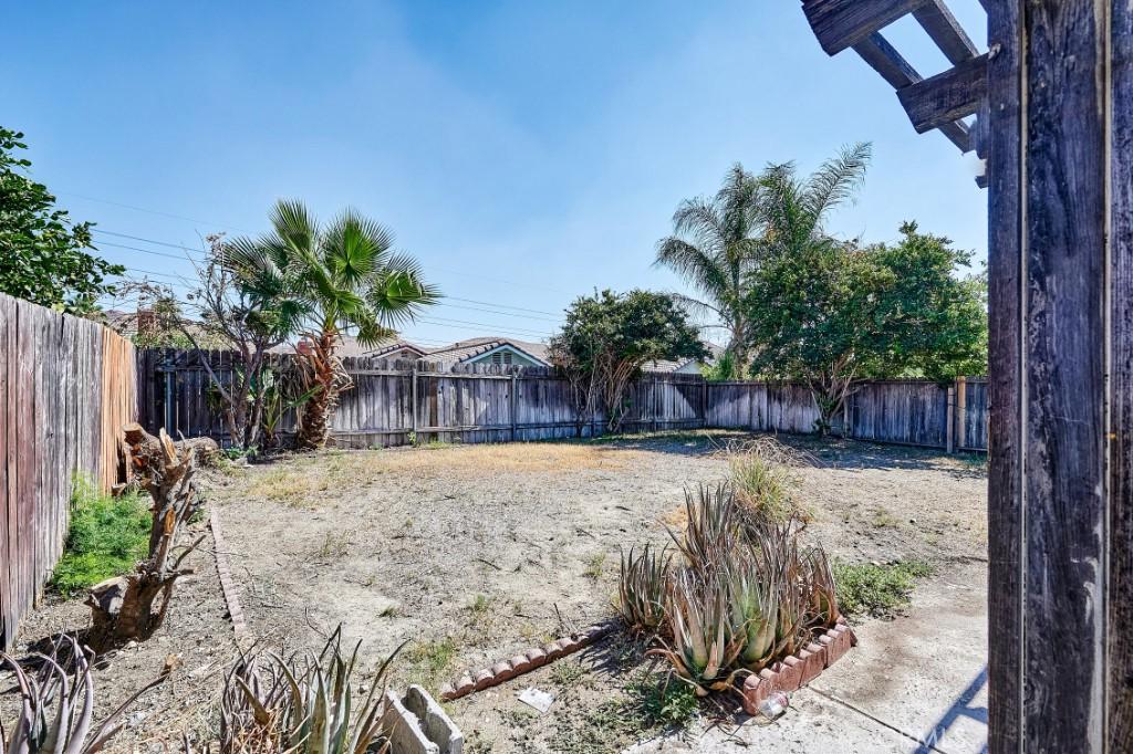 Active | 14055 El Camino Place Fontana, CA 92337 37