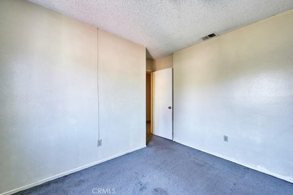 Active | 14055 El Camino Place Fontana, CA 92337 32
