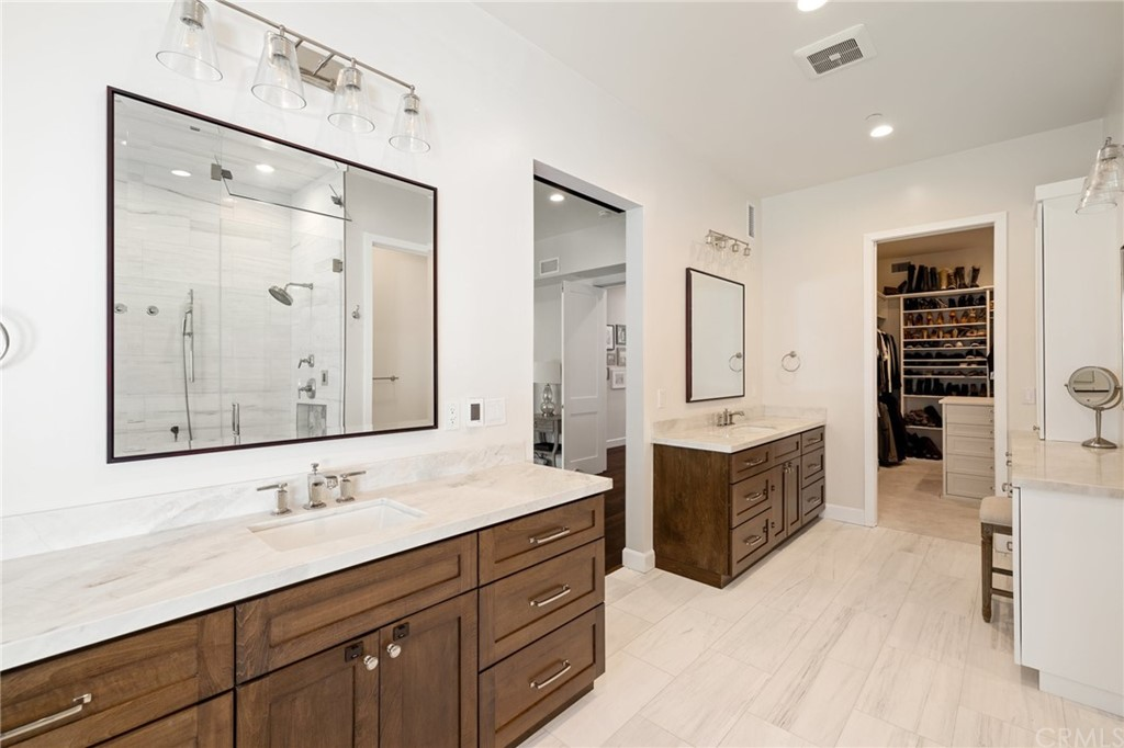 Pending | 550 S Helberta Avenue Redondo Beach, CA 90277 60