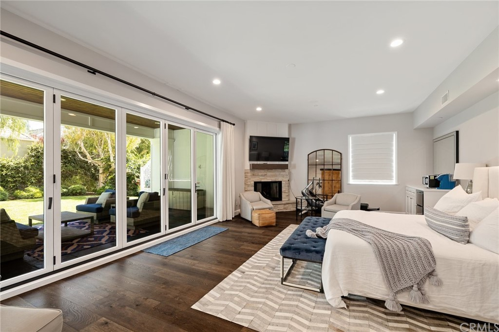 Pending | 550 S Helberta Avenue Redondo Beach, CA 90277 49
