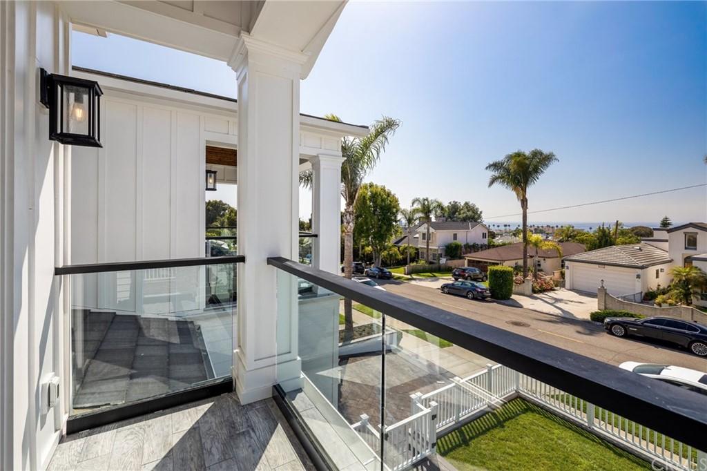 Pending | 550 S Helberta Avenue Redondo Beach, CA 90277 21