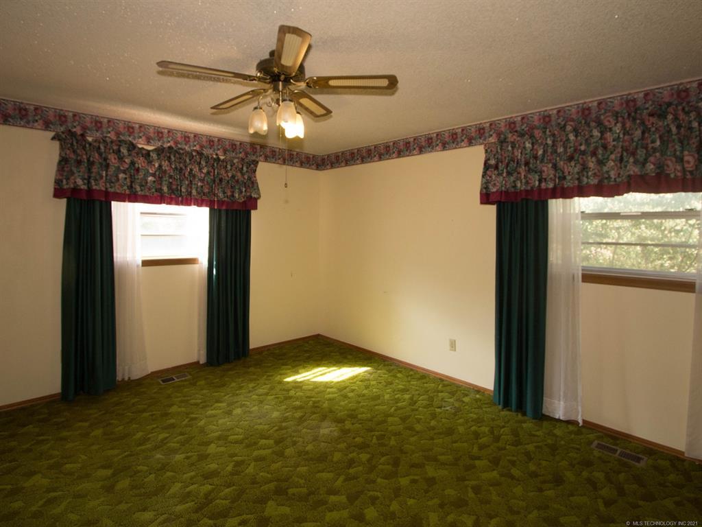 Off Market   8140 S 36th West Avenue Tulsa, Oklahoma 74132 10