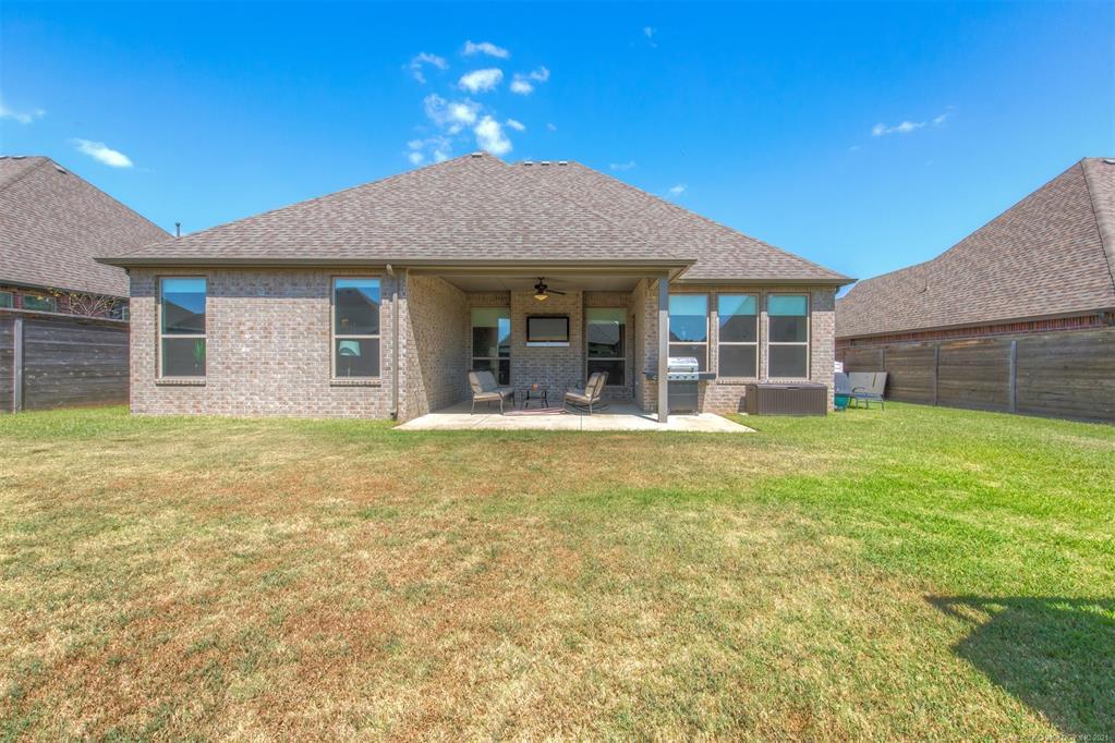 Off Market   18608 E 46th Street Tulsa, Oklahoma 74134 30