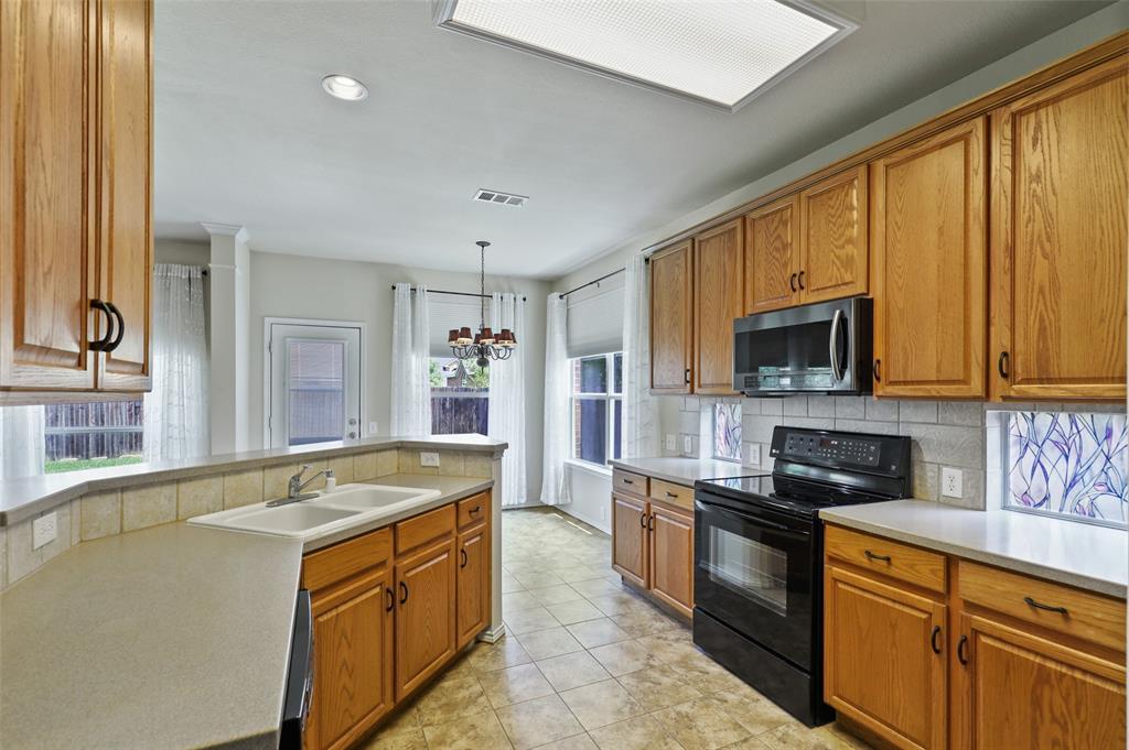 Sold Property   1009 Broken Spoke Drive Little Elm, Texas 75068 12