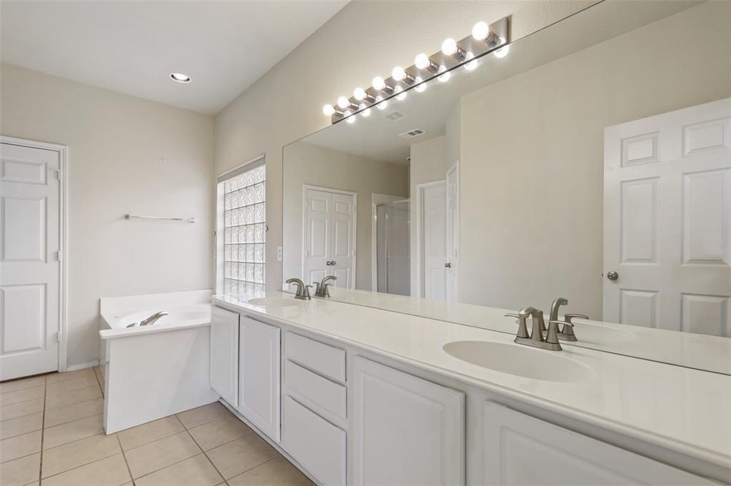 Sold Property   1009 Broken Spoke Drive Little Elm, Texas 75068 21