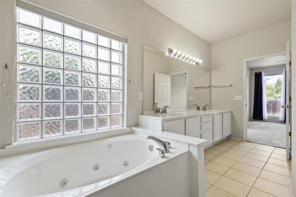 Sold Property   1009 Broken Spoke Drive Little Elm, Texas 75068 22