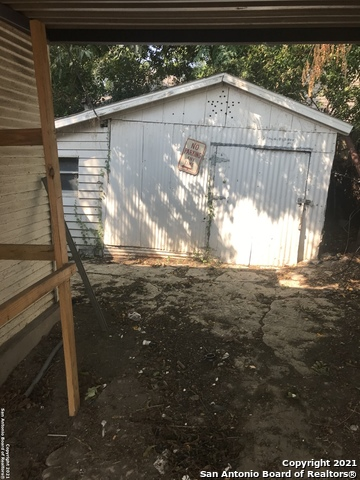 Active Option | 211 ALBERT ST San Antonio, TX 78207 6