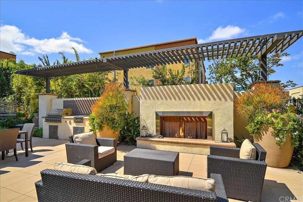 Active | 1506 W Artesia #A Gardena, CA 90248 4