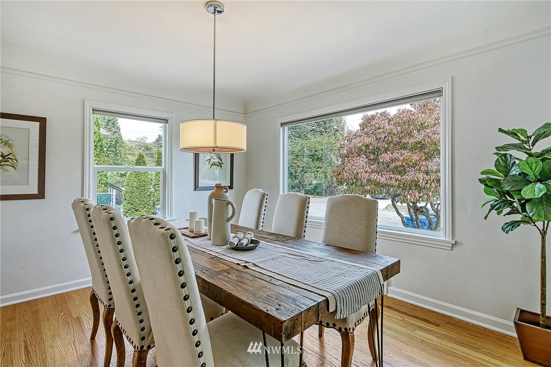 Sold Property | 7339 Mary Avenue NW Seattle, WA 98117 4