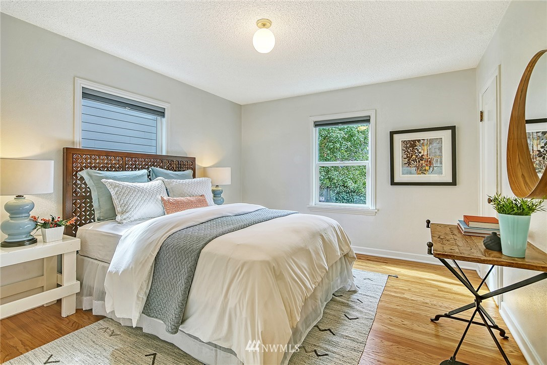 Sold Property | 7339 Mary Avenue NW Seattle, WA 98117 9