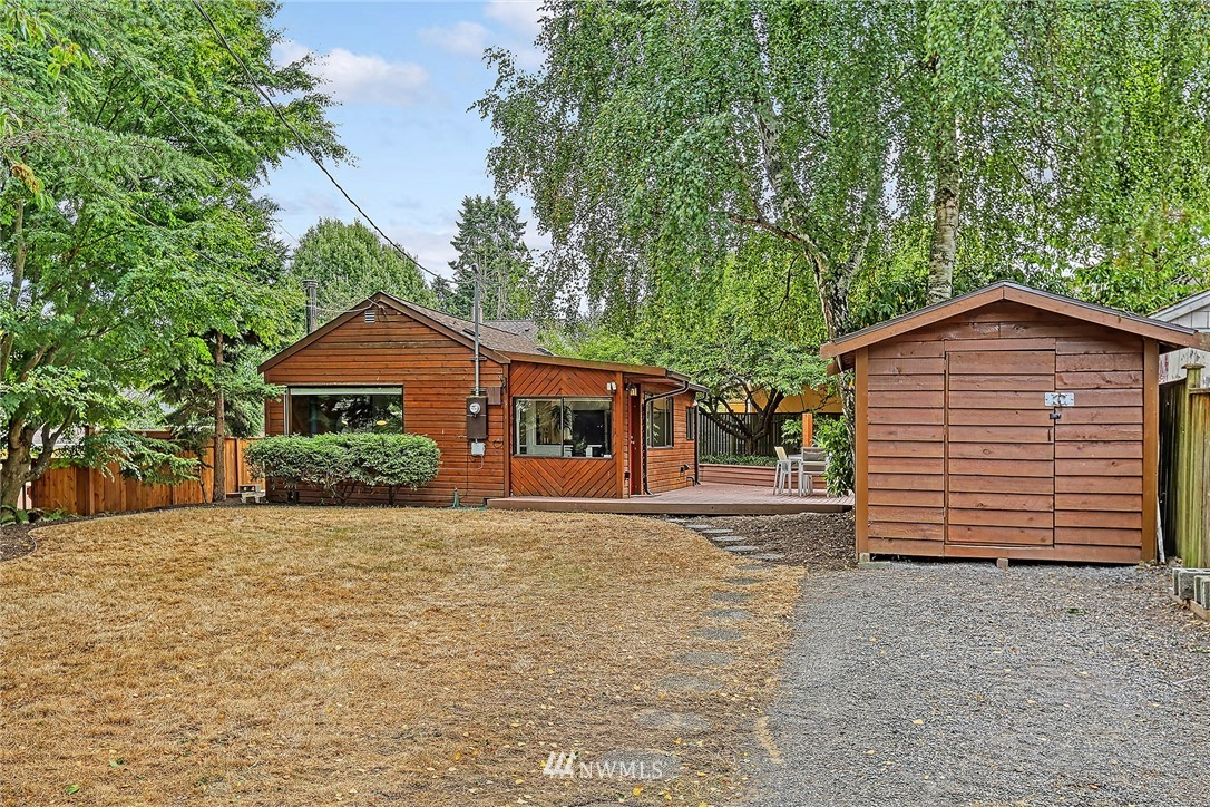 Sold Property | 627 NW 88th St Seattle, WA 98117 11