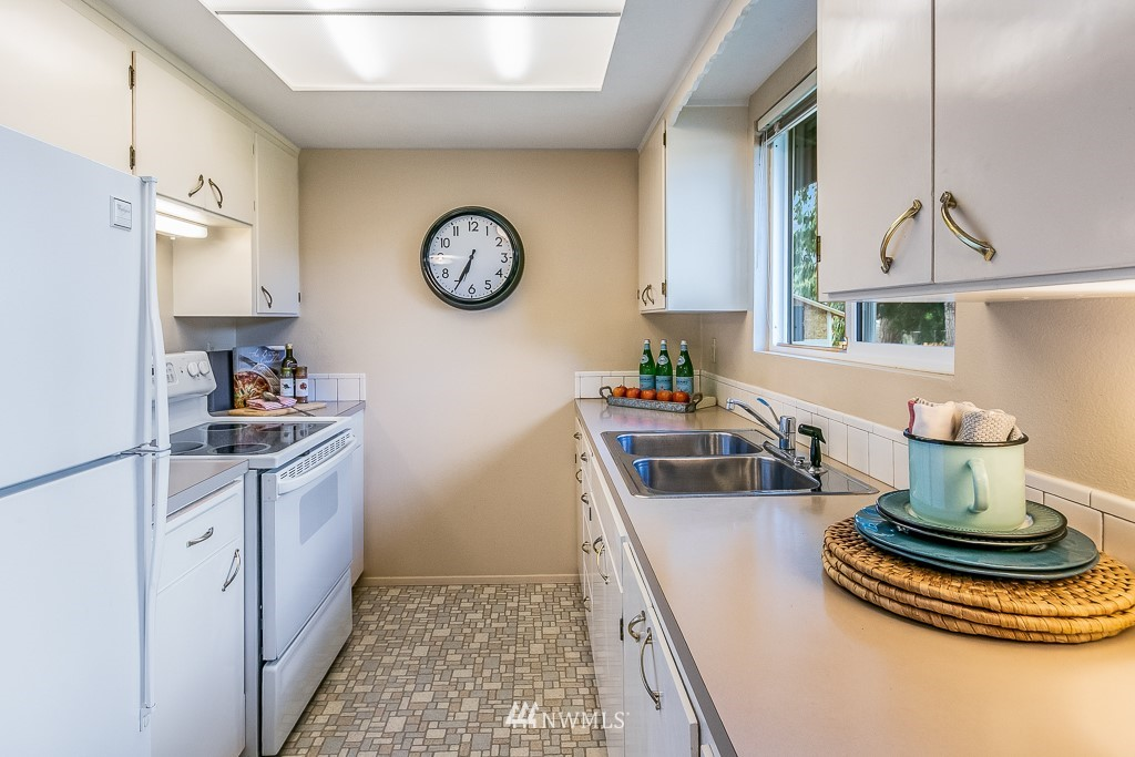 Pending Inspection | 17410 Clover Road Bothell, WA 98012 9
