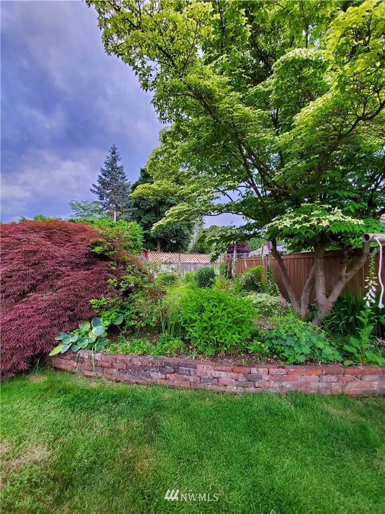 Pending Inspection | 17410 Clover Road Bothell, WA 98012 18