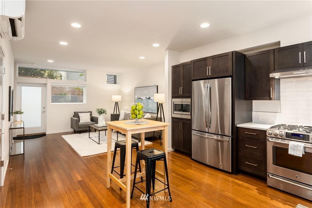Sold Property | 2605 22nd Avenue W #B Seattle, WA 98199 4