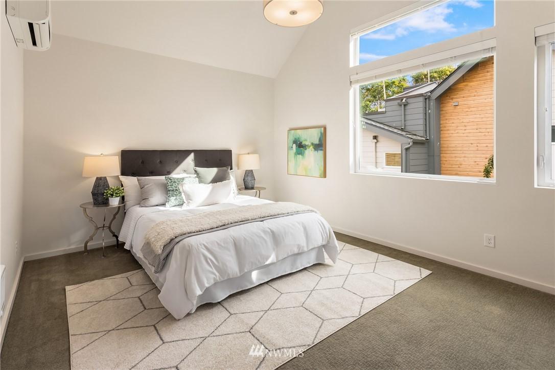 Sold Property | 2605 22nd Avenue W #B Seattle, WA 98199 12