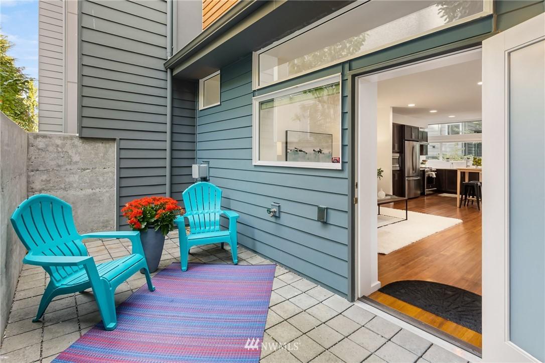 Sold Property | 2605 22nd Avenue W #B Seattle, WA 98199 20