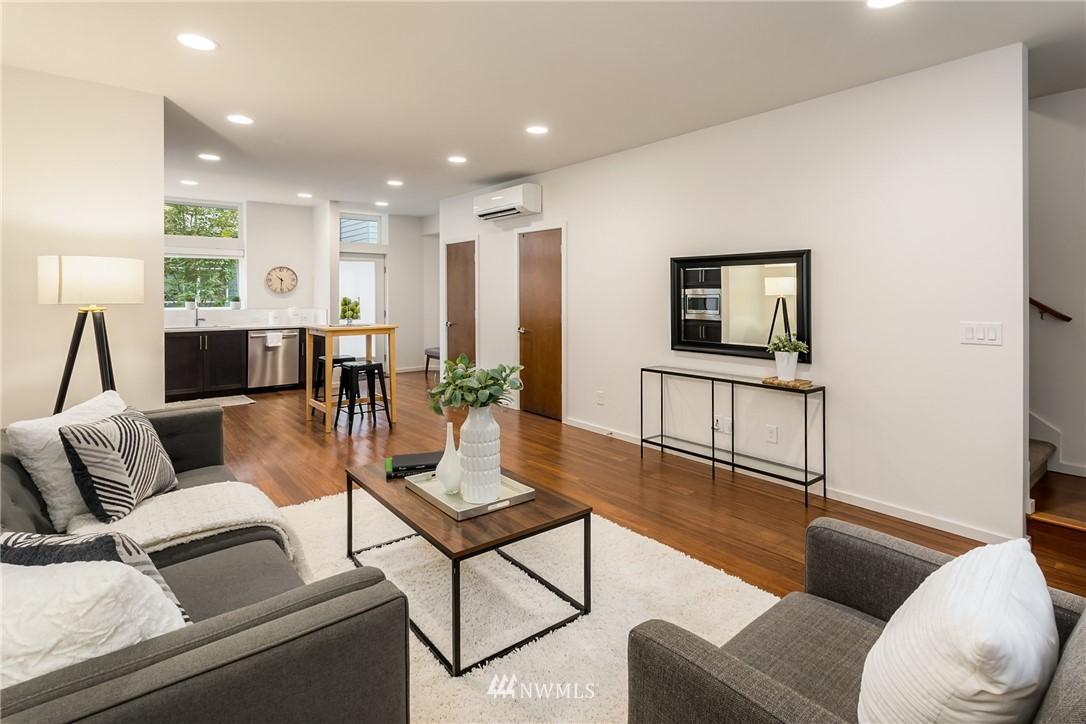Sold Property | 2605 22nd Avenue W #B Seattle, WA 98199 11