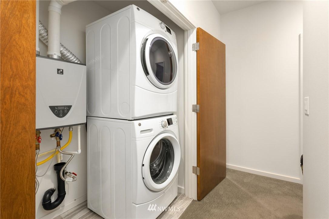 Sold Property | 2605 22nd Avenue W #B Seattle, WA 98199 19